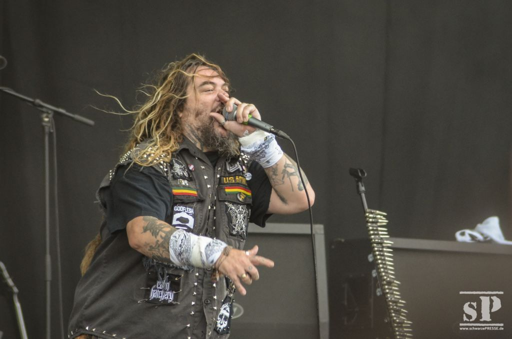 "Mr. ""The one and only dreadlock"" Cavalera"